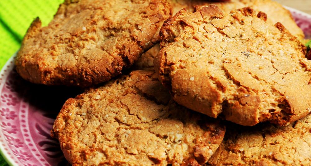 Apple Oatmeal Cookies - Fresh On The Menu Recipe