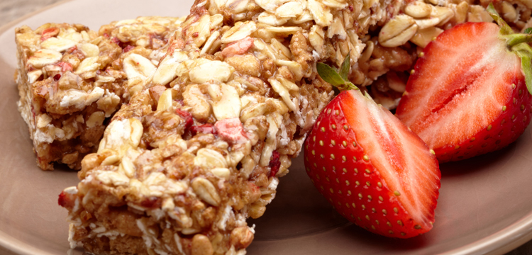 Strawberry Granola Bars - Fresh On The Menu Recipe
